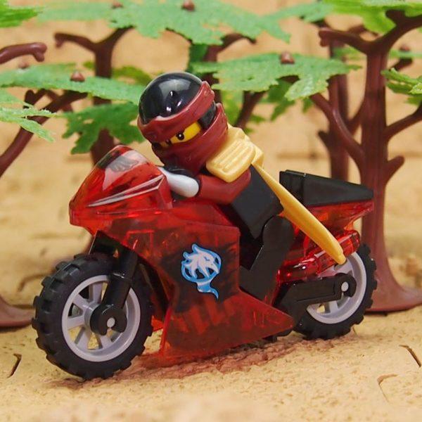 HTB1jhF5KVXXXXb2aXXXq6xXFXXXX f169299b 21c3 475a b07a e9c2e7c27dc9 Figurine Ninjago Bloc De Construction Ninja Tornado En Moto - Livraison Gratuite !