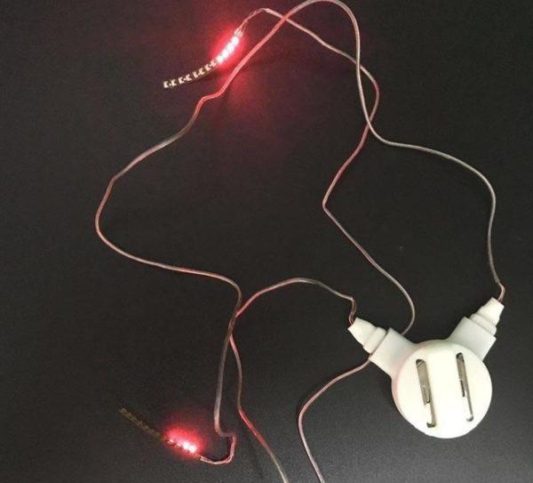 Cils LED Hydrofuges Raton Malin Rouge