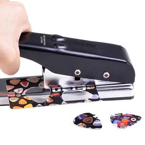 M2 dbd8b7a3 4d8c 4513 add4 3ebce7587014 Perforatrice Médiator Pour Guitare
