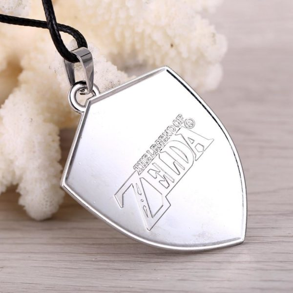 MS BIJOUX Jeu The Legend of Zelda M eacute 1 Collier Zelda Pendentif Bouclier Hylien Couleur Noir Cosplay - Livraison Gratuite !