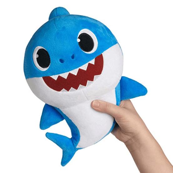 Peluche Jouets 2048x 2b7fb1c7 d194 46df 9b09 01dfee46fc59 Jouet En Peluche Amusant Bébé Requin Qui Chante