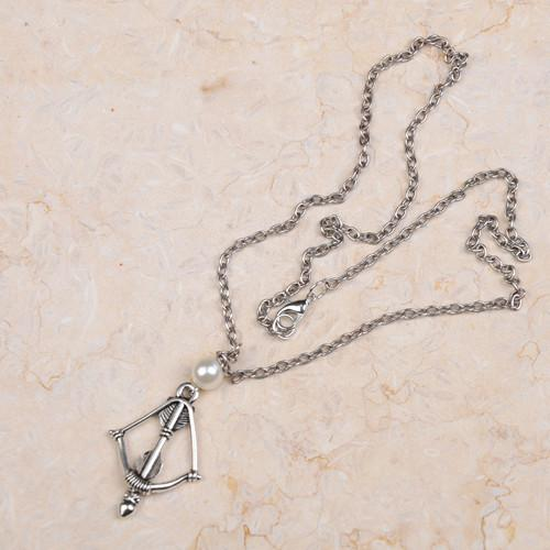 The Hunger Games Bow Arrow necklace fashion movie Jewelry hot selling YP0203 3c73686d cdbe 4bcd b674 2a18753716bd Collier Arc Flècle Hunger Games (2 Couleurs) - Livraison Gratuite !