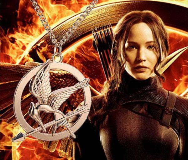 The Hunger Games collier 2016 populaire Vintage Style oiseaux charme vif d or collier pendentif 3.jpg 640x640 2eb455b2 ce48 4bcc 88ea 141cb84d3e9d Collier À Pendentif Hunger Games (3 Couleurs Disponibles) - Livraison Gratuite !