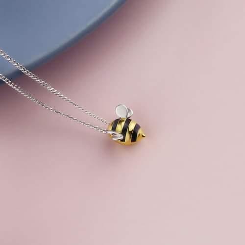 abeille1 800x f70159a8 453f 4460 b44e 63c6d1290857 Pendentif Abeille En Argent Sterling