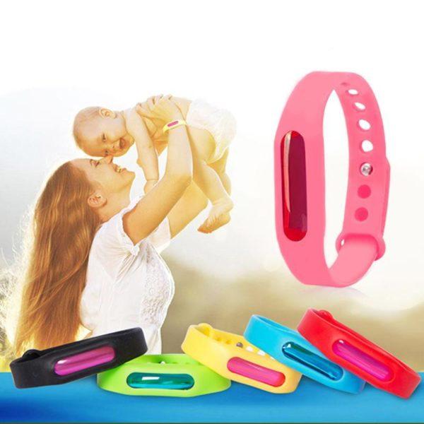 braceletantimoustique e37fadcf 242a 4463 beb1 ab51b64c5015 Le Bracelet Anti-Insectes Mousticare Pour Une Protection Optimale
