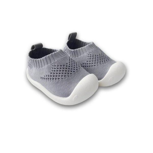 chaussure1erpassouple 217efca3 a0cc 4d82 9e57 29bb966d0179 La Chaussure Souple Et Confort Pour Bébé