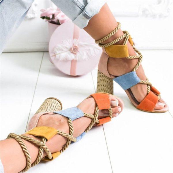 chaussurecompenseealacet Les Sandales Cuir À Lacets Pour Femme Au Look Casual Chic