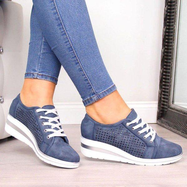 chaussureconfortfemme f53cb3b8 1416 444a 802e 7b846ca97a3b Les Baskets Confort Lace Up Confortables