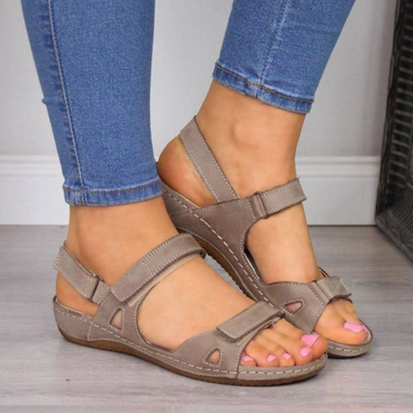 chaussureorthopediquefemmescholl d224f496 eef7 47a2 b684 89ec12ce2839 Les Sandales Orthopédiques Premium Pour Femme À Porter Durant L'été