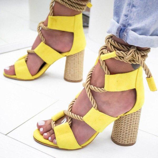 chaussuresalacetsfemme 500a634d bb1e 472e 9847 7a0e142eef04 Les Sandales Cuir À Lacets Pour Femme Au Look Casual Chic