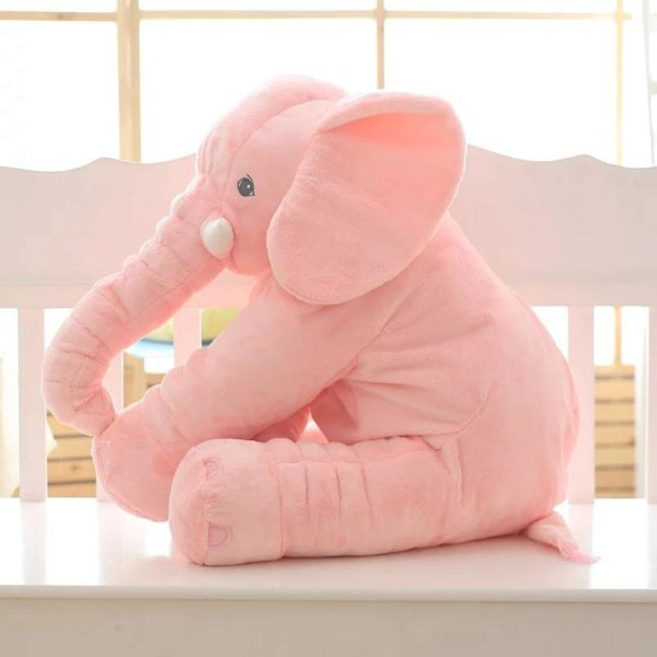 doudouelephantgeant 01d099b4 500e 4ebd b21d 050531830f59 La Peluche Doudou Éléphant Géante Pour La Chambre De Votre Enfant