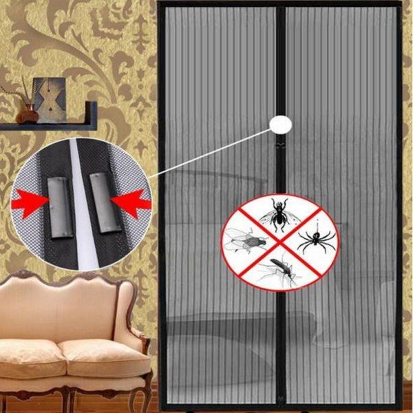 moustiquaire velux b5f1dd7a 71c9 417c 9d61 0d80cf1c30a3 Moustiquaire, La Meilleure Solution Pour Se Protéger Des Moustiques