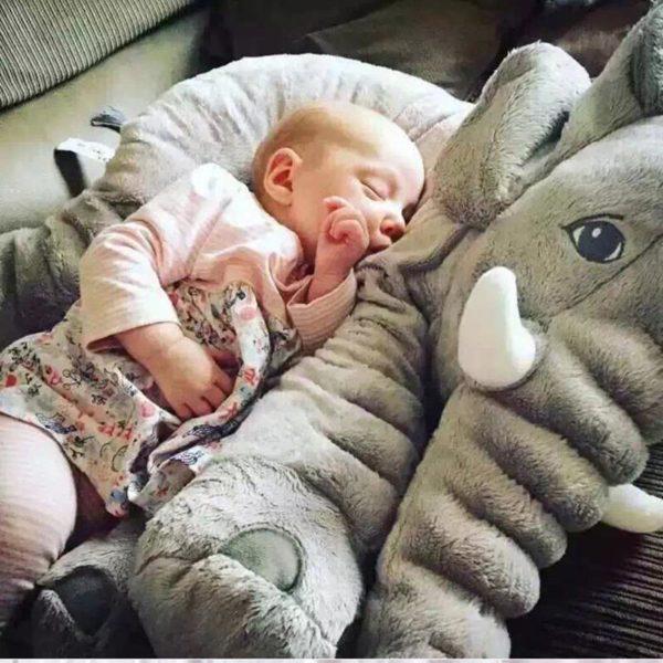 peluchegeanteelephant La Peluche Doudou Éléphant Géante Pour La Chambre De Votre Enfant