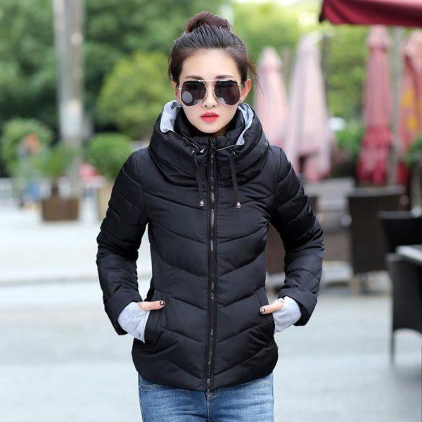 Gros manteau matelassé confortable à capuche Minute Mode Noir M