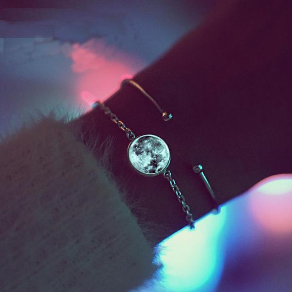 raton 1 139e8a81 1fac 4f04 bdd6 85f75db647d1 Bracelet Lune Blanche (Lumineux)