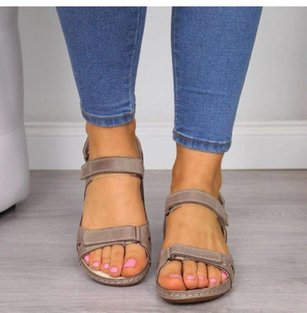 sandaleorthopedique 05eb77aa 0b66 4279 90c7 6807ad18caea Les Sandales Orthopédiques Premium Pour Femme À Porter Durant L'été