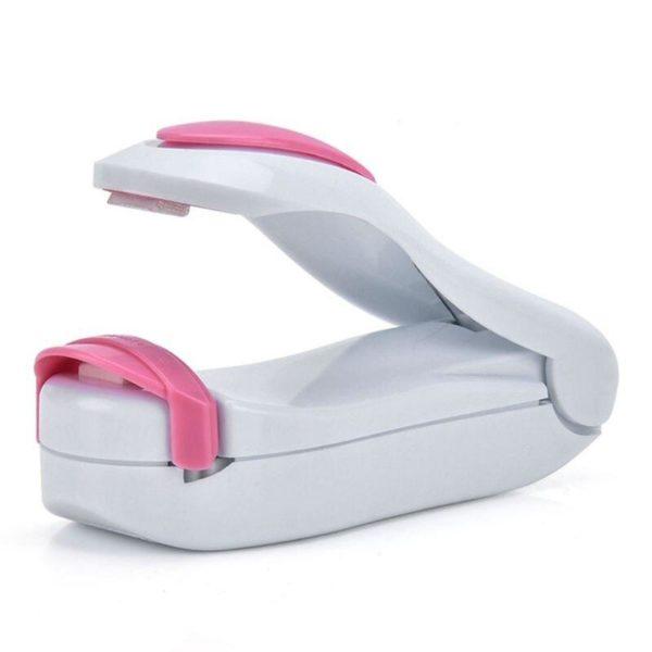 scelleursousvide abdb41ed 9c97 43da bea0 51f02b76f190 Un Mini Scelleur Compatible Avec Tous Les Sac Plastiques