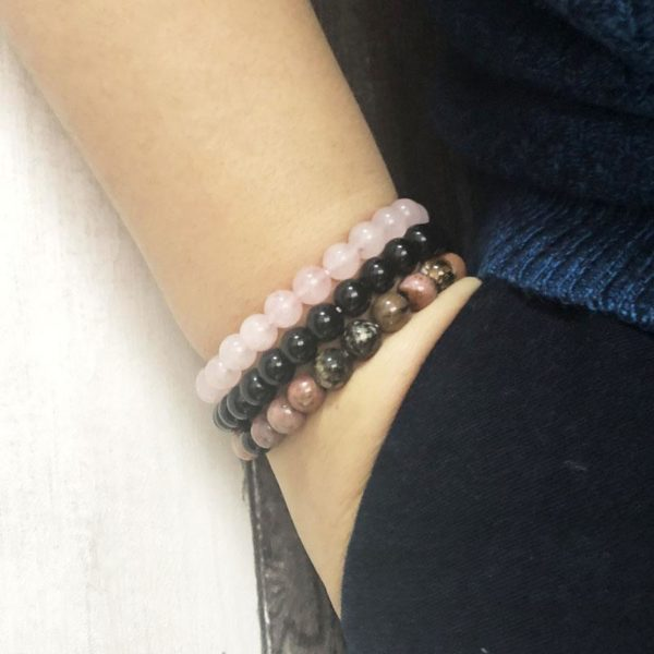 """set7 800x e6a2dc4b aee4 462d b447 9cdce628f099 3 Bracelets """"Confiance En L'amour"""" En Quartz Rose, Rhodonite Et Onyx Noir"""