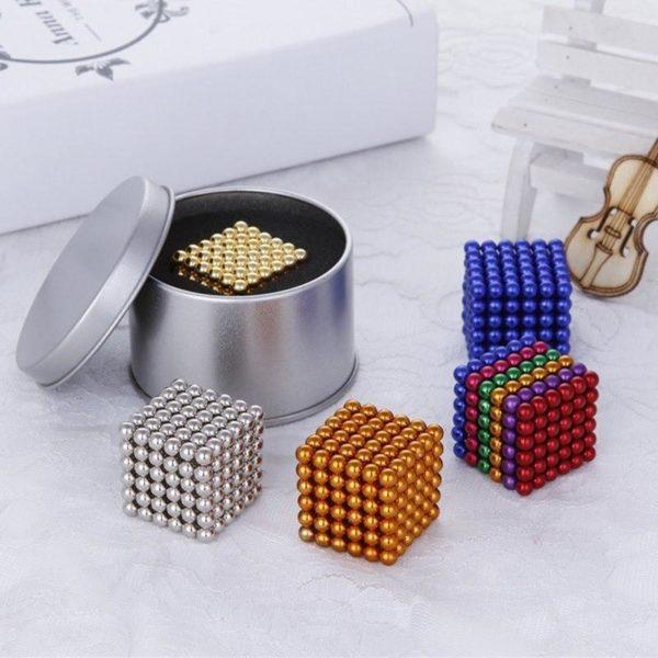 BatonsEtBallesMagnetiques 1 Bâtons Et Balles Magnétiques :Réalisez Des Centaines De Motifs Géométriques En 3d