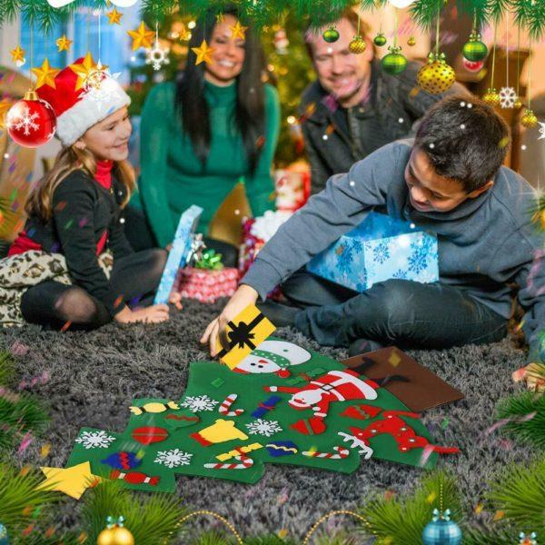 ChristmasTress10 1 Arbre de Noël pour Enfants : Ornements Colorés Détachables et Feutre Matériel