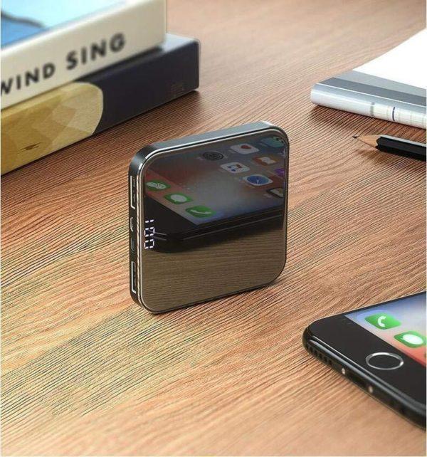 Mini Power Bank 20000mAh: Batterie externe pour iPhone, Samsung Galaxy, etc. - Noir / 20000mAh