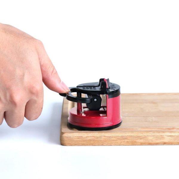 NUOTEN aiguiseur de couteaux en acier au tungst ne conception de ventouse corps entier poli outil 4fcb146c e94d 489b 95fc 1f6f55c578b4 Affûteur De Couteaux Intelligent: Aiguisez Votre Couteau De Cuisine En Un Temps Record