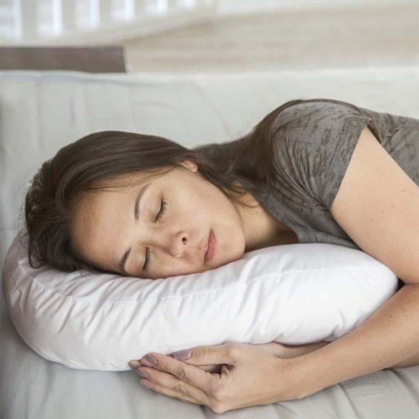 Side Sleeper U Form Kopfstutze Seitenschlaferkissen Wirbelsaule korrigieren 5 1024x1024 e6fc22f2 13e0 452e 8fa0 dee55fe0560c SideRelax : Mousse de Base résistante, Corrige Votre Posture Pendant Que Vous Dormez
