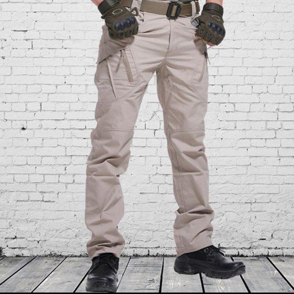 TAKTISCHEHOSE 4 5000x b3893590 dee3 400b 81d4 b50b8c4ee994 Pantalon Tactique: Pantalons De Bonne Qualité Et Imperméables Pour Usages Multiples