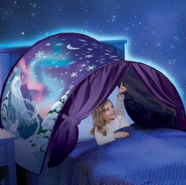Winter Wonderland 1024x1024 7a5363fc 2b75 4515 a69c b8c0a7e54c9e MyTente : Transforme le Lit de Votre Enfant en un Monde Féerique