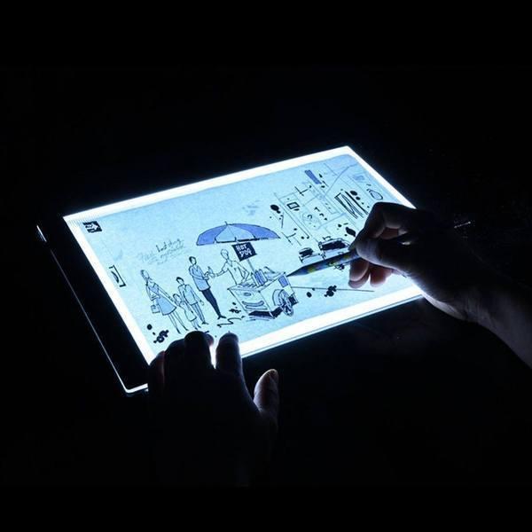 a3 800x 4568554d ab88 4904 ba2f dfe917371c95 LED Light Pad : Tablette de Traçage Parfaite et Pratique LED/ Gradation à trois niveaux