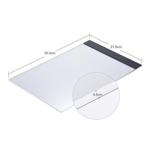 a8 800x f2436334 63d8 40f0 9923 c6c8063a109c LED Light Pad : Tablette de Traçage Parfaite et Pratique LED/ Gradation à trois niveaux