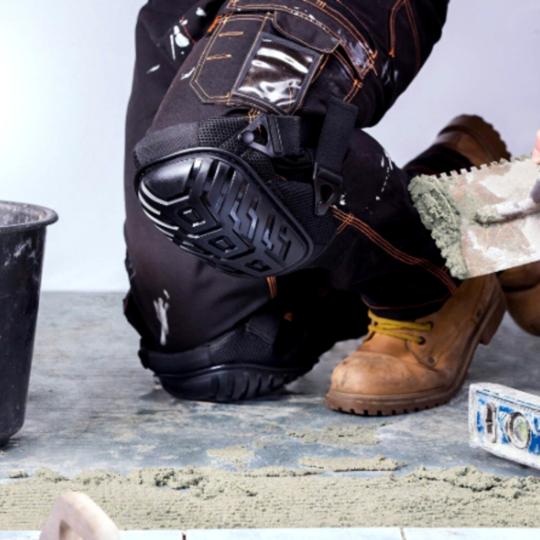 genouillere chantier 540x a977d9c1 030e 459d 965f c412dbf86499 Genouillères De Protection: Protégez Vos Genoux En Toutes Circonstances