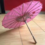 Ombrelle traditionnelle en papier huilé de couleur rose photo review