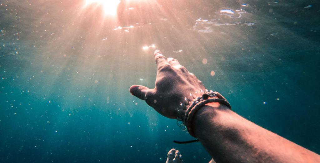 abysse sous l'eau