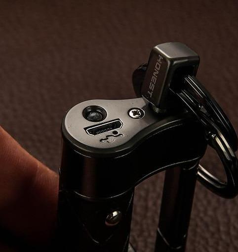 Briquet USB Haut de Gamme avec Porte-Clés en Cuir
