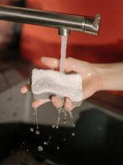 laver couteau à la main