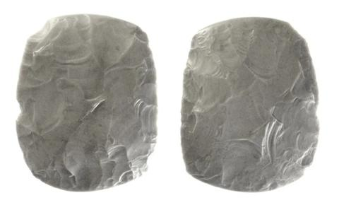 Couteaux en pierre du néolithique