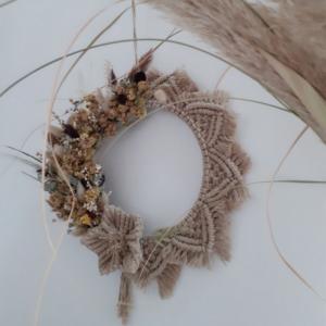 Couronne macramé fleurs séchées en macramé beige