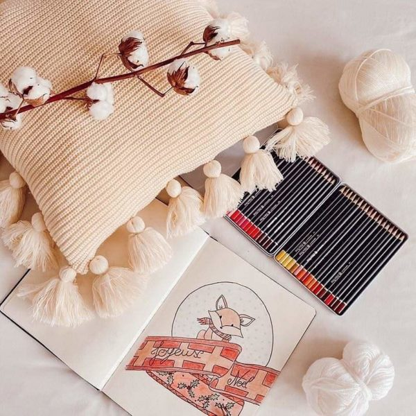 Housse de coussin boho-scandinave avec crayon