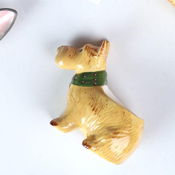 coquetier chien en céramique