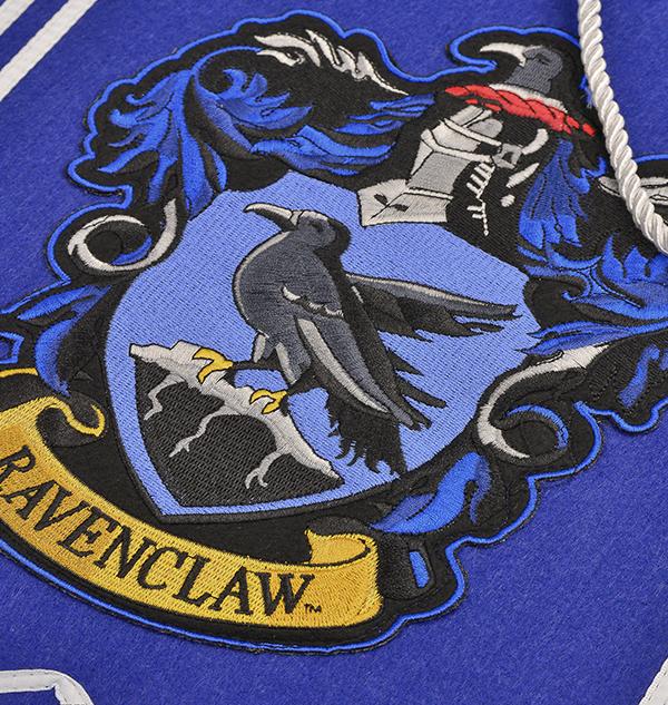 1230067 raven hanging banner zoom Boutique harry potter Ecusson Ravenclaw