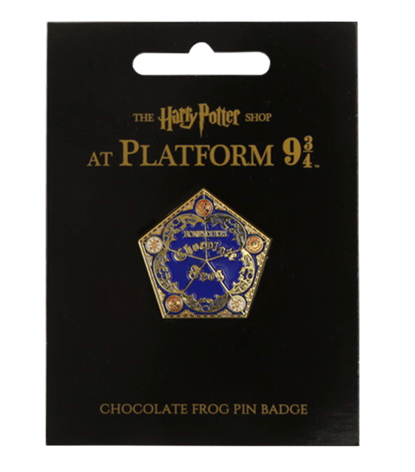 2019 Platform 934 Products Chocolate Frog Pin Badge 52c3c3c3 2915 44b0 9fa2 97f4724732b5 Boutique harry potter Insigne grenouille en chocolat