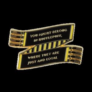 Pin's émaillé écharpe de Poufsouffle