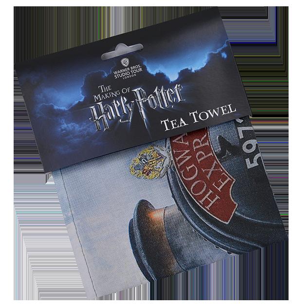 train t towel folded Boutique harry potter Poudlard Express
