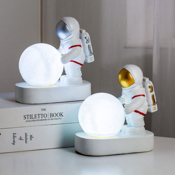 Lampe-lunaire-deux-Astronautes-LED-jabilune