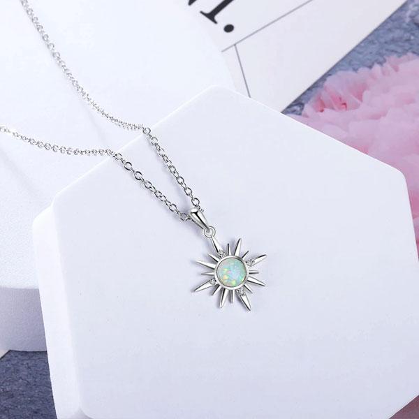 forme-soleil-Pendentif-Opale-De-Feu-Blanche-jabilune