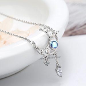 Collier lune opale étoilé
