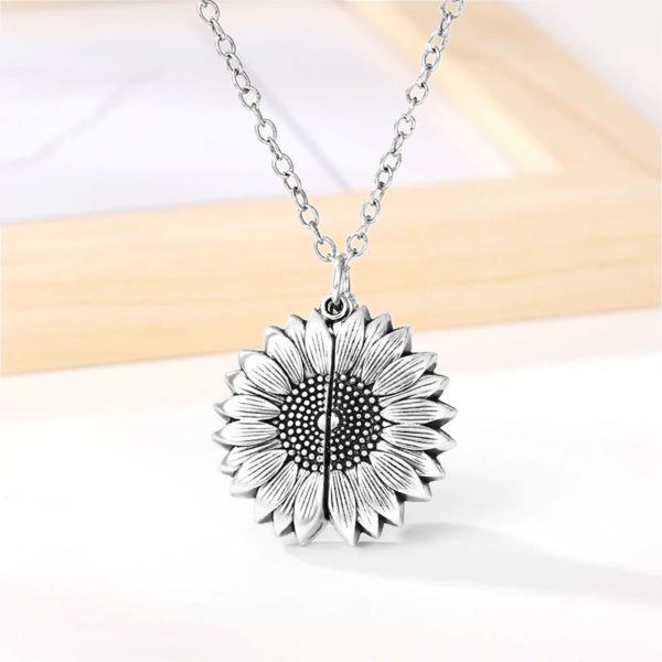 Collier-soleil-You-Are-My-Sunshine-couleur-argent