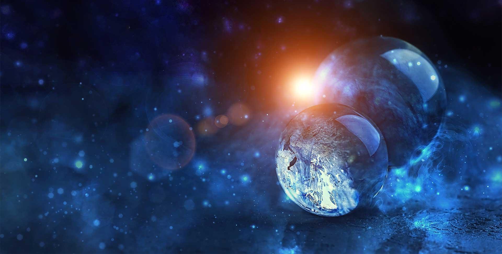globe-en-verre-avec-galaxie