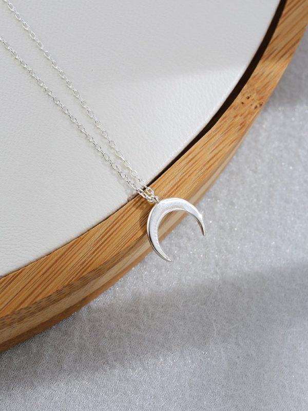 Collier croissant de lune argent bord de miroir